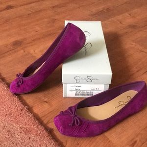 Jessica Simpson Leve Ballet Flat in Berry size 8.5